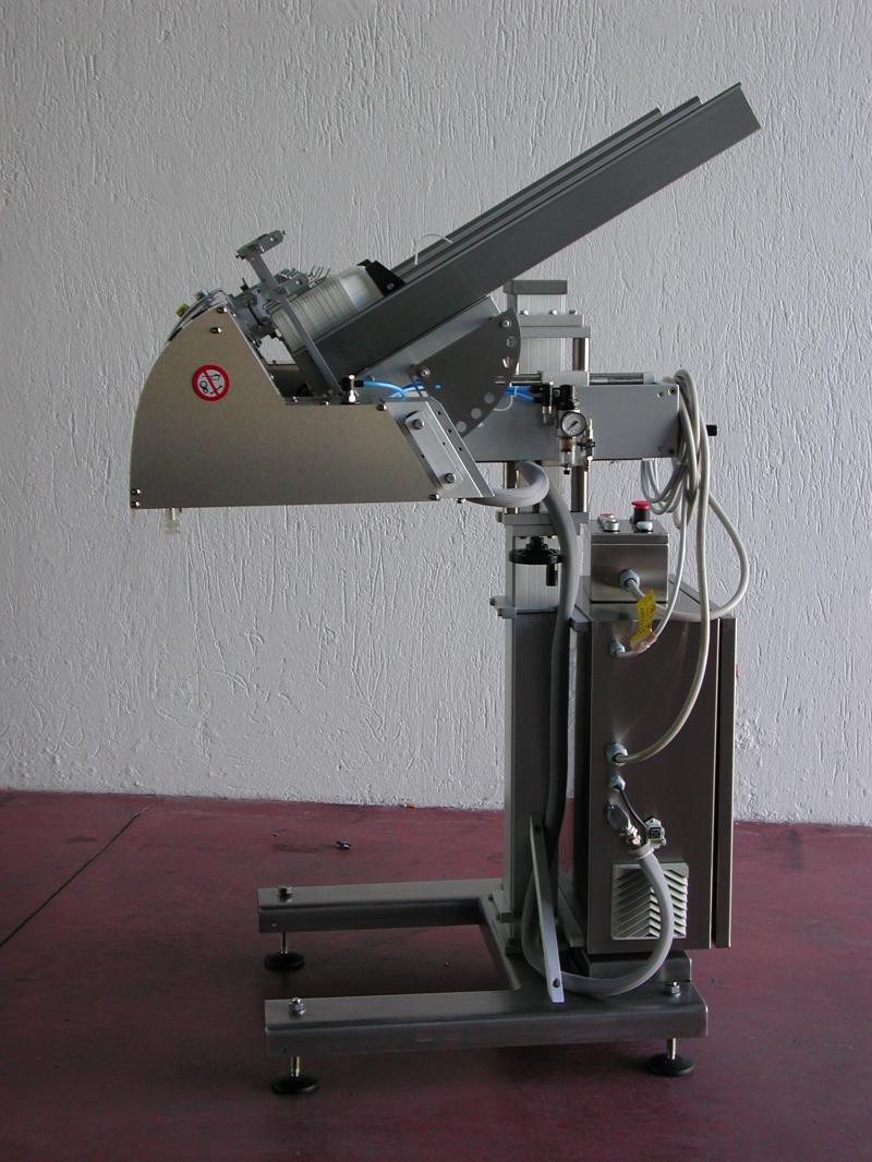 Фидер (устройство подачи) CLIPPY DENESTER 800 BR O